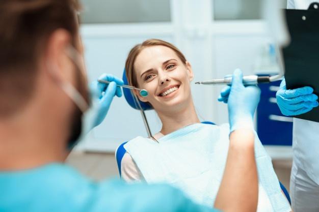 Idealna rešitev za poškodovane ali manjkajoče zobe
