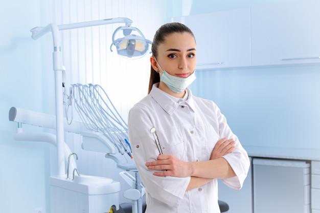 Zobni implantati narejeni iz kakovostnega materiala
