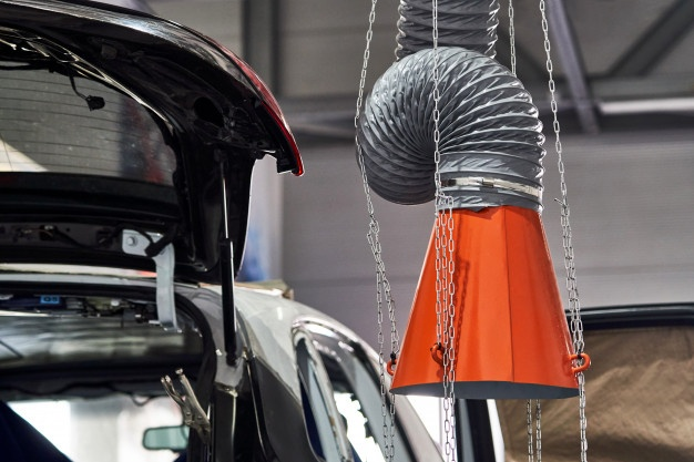 Izpušni sistem za optimalno delovanje vozila