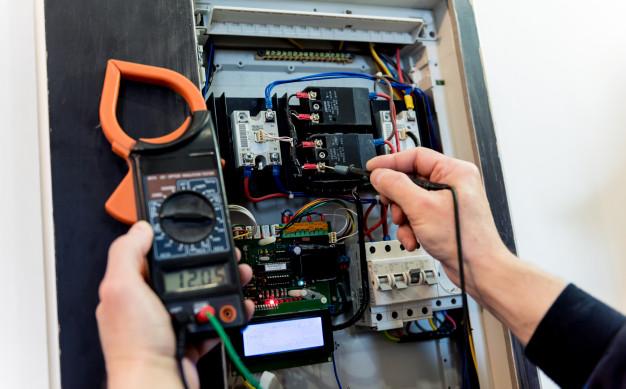 Meritev električnih inštalacij preprečujejo večjo materialno škodo
