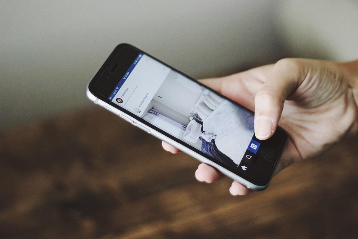 Mobilni telefoni kot večnamenske naprave