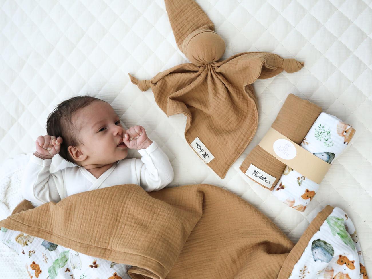 Ponudba unikatnih izdelkov za darilo ob rojstvu